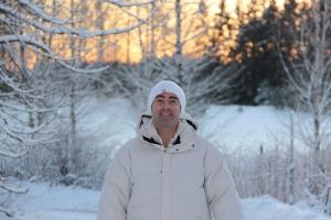 o smile snow sun trees